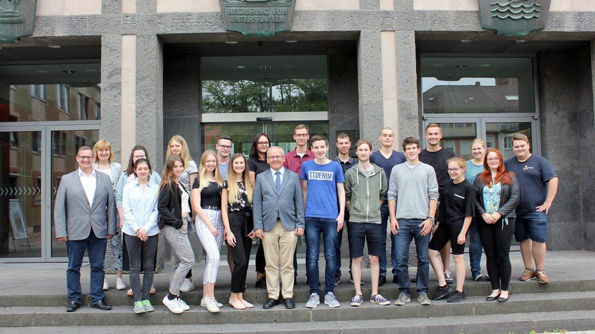 SBSZ-Schüler als Vertreter Oberfrankens beim Ferienseminar für die besten beruflichen Schüler*innen Bayerns
