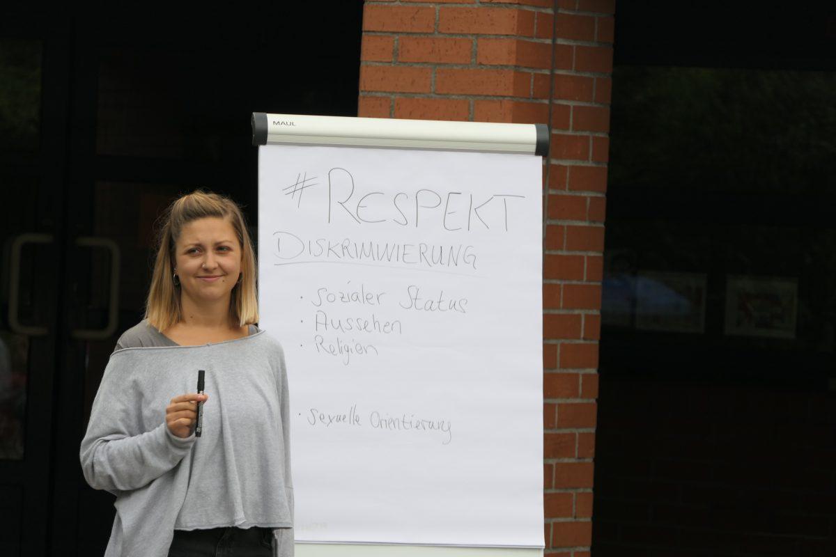 """Respekt! – Jugendtheater """"Chapeau Claque"""" zu Gast am SBSZ"""